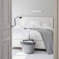 Dormitoarele albe. Idei practice de amenajare cu bani putini