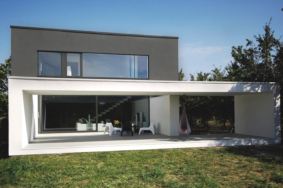 Casa minimalista in timisoara romania minimalist house for Minimalist concrete house