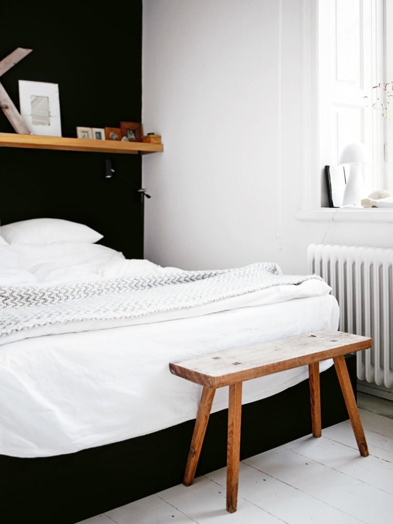 perete negru dormitor
